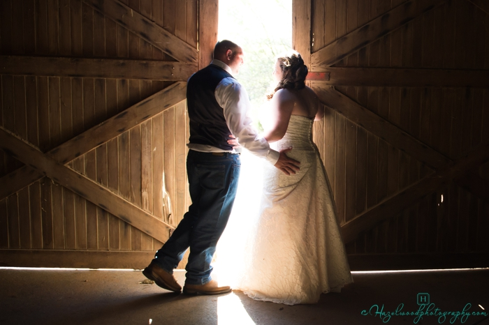 Tanglewood-park-red-barn-wedding